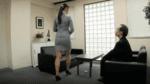 パツパツのスーツ姿でお尻を振りながらオフィスに現れる小早川玲子